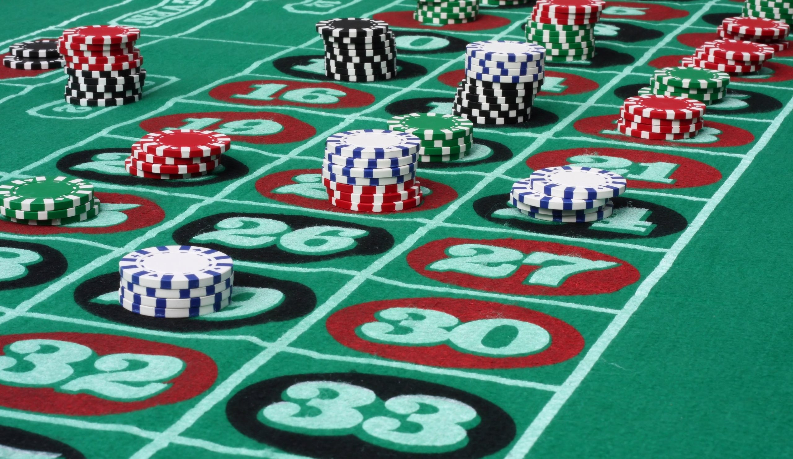 Poker Evaluation Classes Discovered From Google