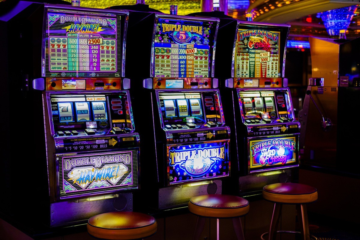 Get Better Online Gambling Outcomes By Following Easy Steps